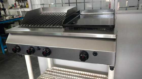 Char Broil Grill Valor Guaianases - Char Broiler em Aço Inox
